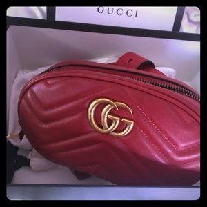 5787f5d00be9 100 % Authentic Gucci Marmont Belt bag